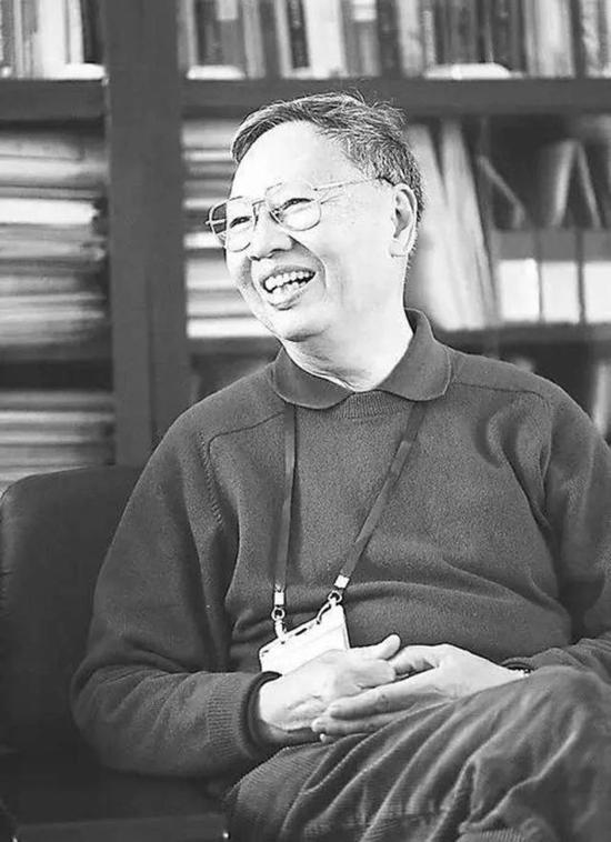 我国著名作物遗传育种专家、华南农业大学教授