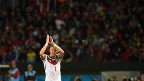 上海滩_施魏因施泰格退役 德国传奇中场球星将辞别球员生计生活生计生存
