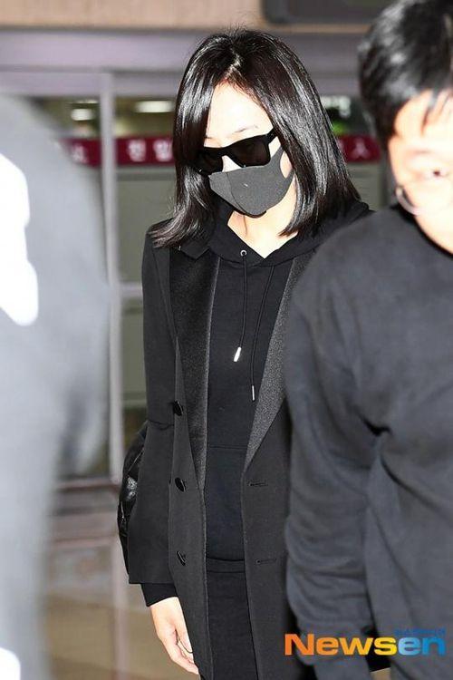 ���,yf�x�_宋茜抵达韩国 f(x)最后一次合体天人永隔