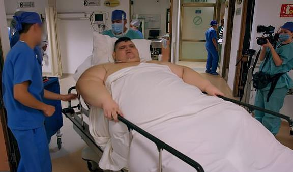世界最胖的人3年减660斤 网友:励志!也真胖!