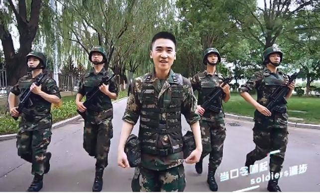 中国火箭军、四川师范音乐学院发布不同版本合唱版Mojito 好听到爆炸!