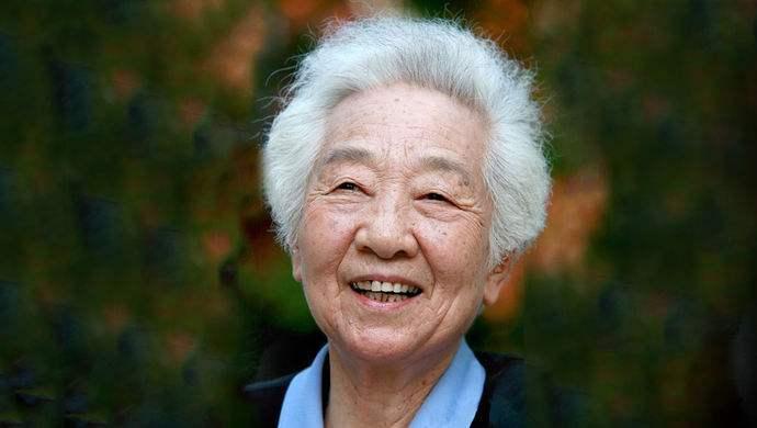 """""""江姐""""于蓝去世享年99岁 著名导演田壮壮发文悼念母亲"""