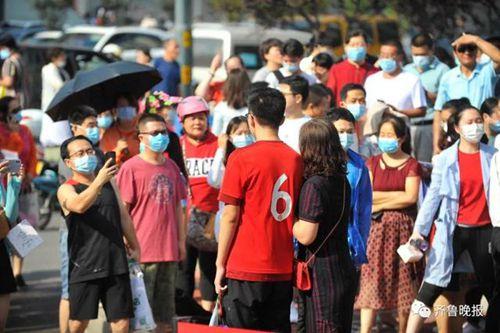 盘点特色高考应援:家长戴高考必胜红色口罩,Mojito,学霸放狠话!