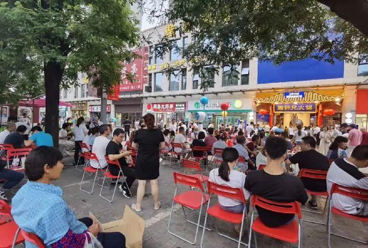国庆假期游客在重庆吃了超一千万桌火锅