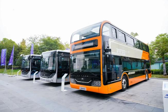 宇通发布智慧出行整体解决方案,自动驾驶巴士小宇2.0惊艳亮相