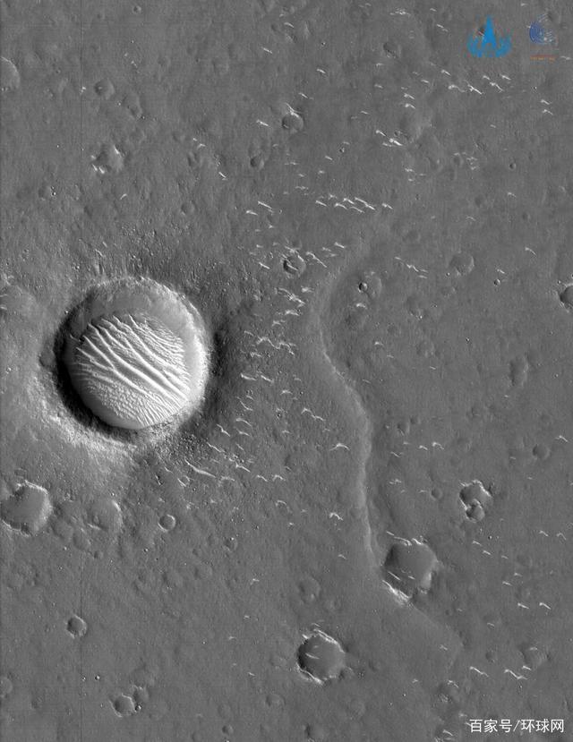 天问一号拍摄到高清火星影像图 地貌清晰可见